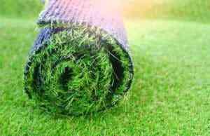 איך מייצרים דשא סינטטי