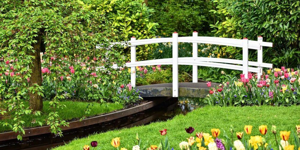 wooden-bridge-3344449_1280 (1)